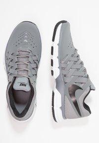 Nike Performance - LUNAR FINGERTRAP TR - Treningssko - cool grey/black - 1