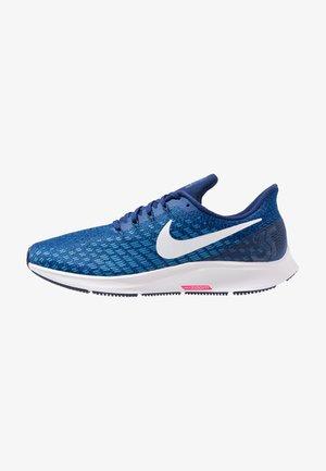 AIR ZOOM PEGASUS 35 - Neutral running shoes - indigo force/white/photo blue/blue void/red orbit
