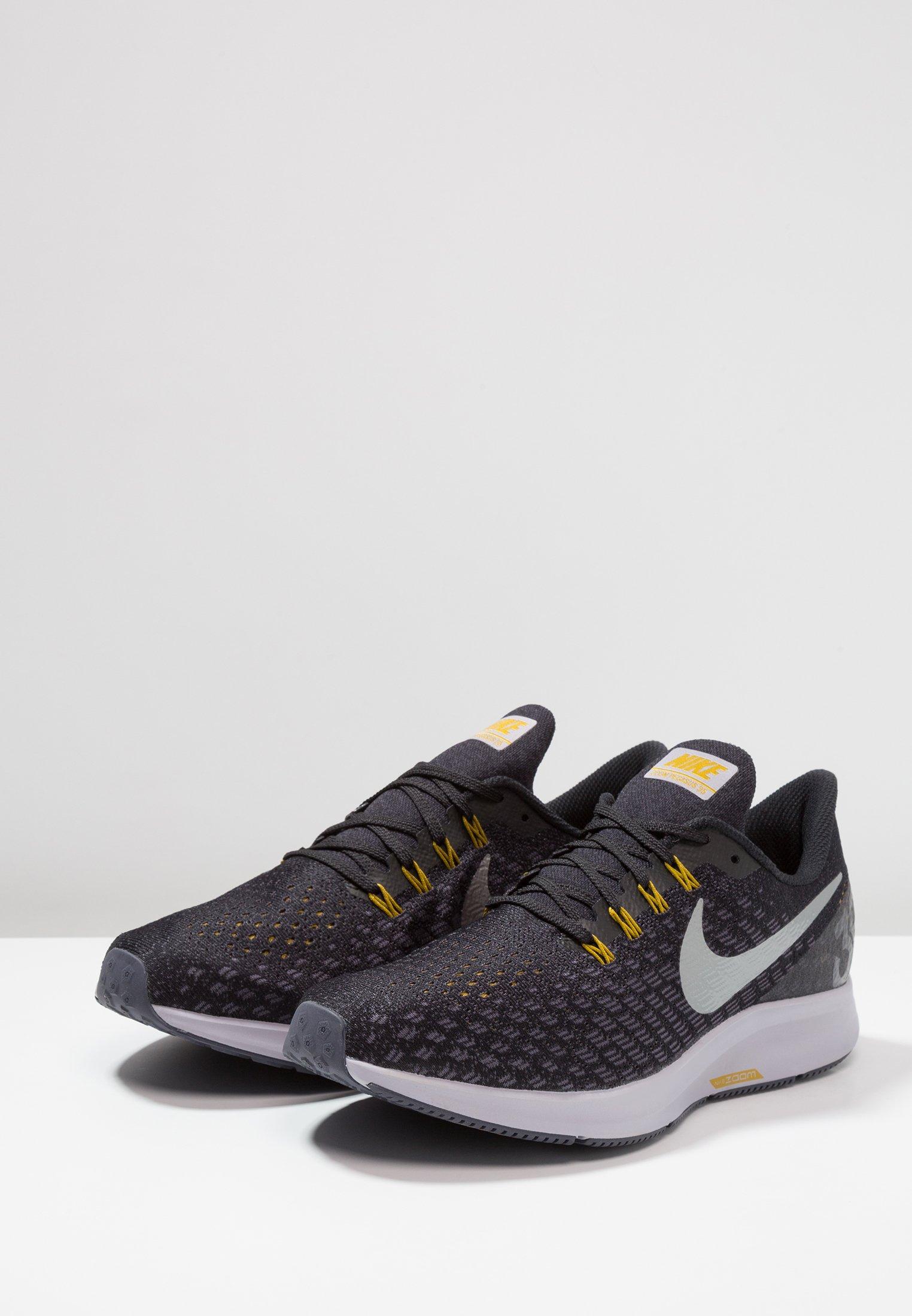 AIR ZOOM PEGASUS 35 - Zapatillas de running neutras - black/metallic  pewter/gridiron/peat moss/provence purple