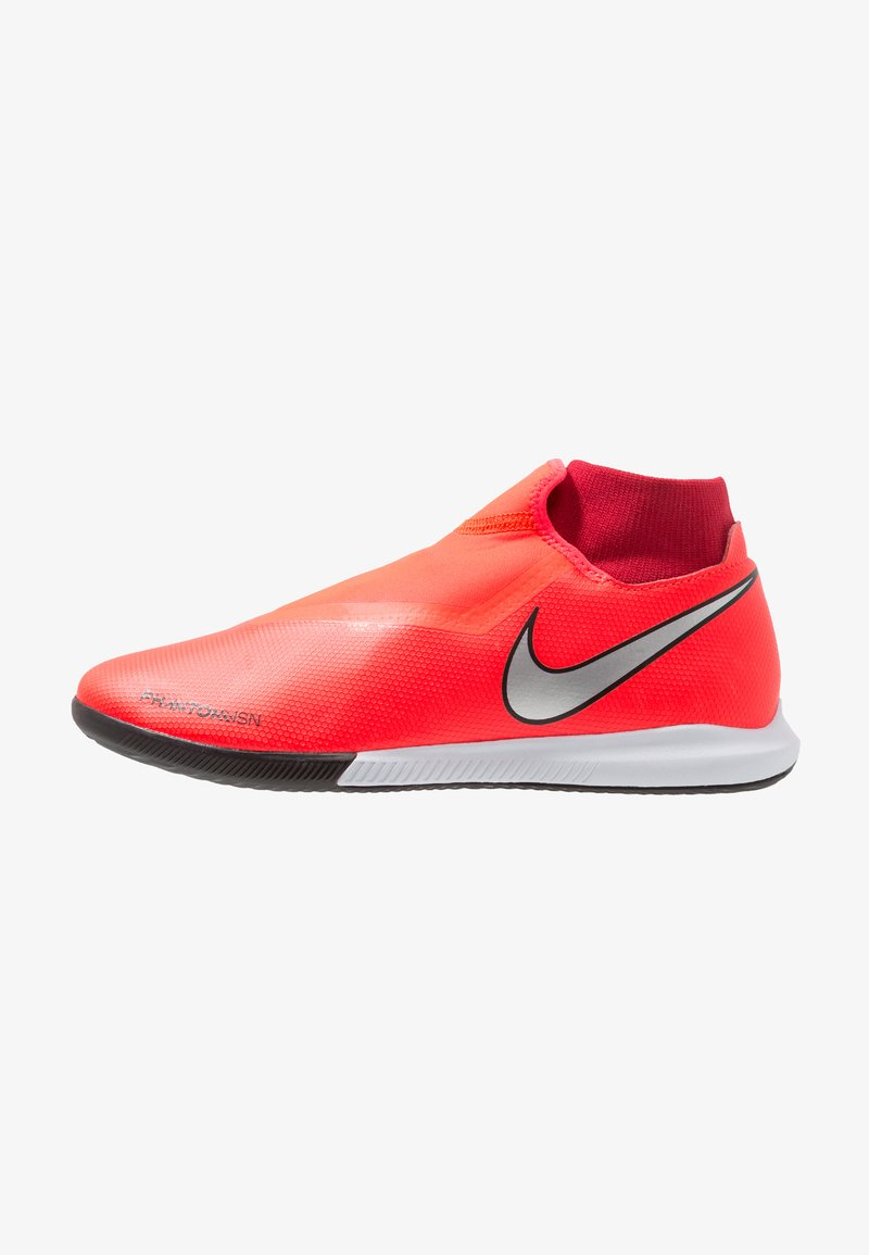 Nike Performance - PHANTOM OBRAX 3 ACADEMY DF IC - Indoor football boots - bright crimson/metallic silver/university red/black