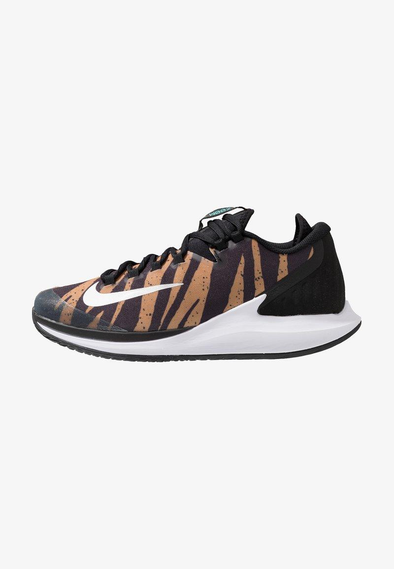 Nike Performance - AIR ZOOM HC - Multicourt tennis shoes - wheat/metallic silver/hyper jade/desert ore/black/white