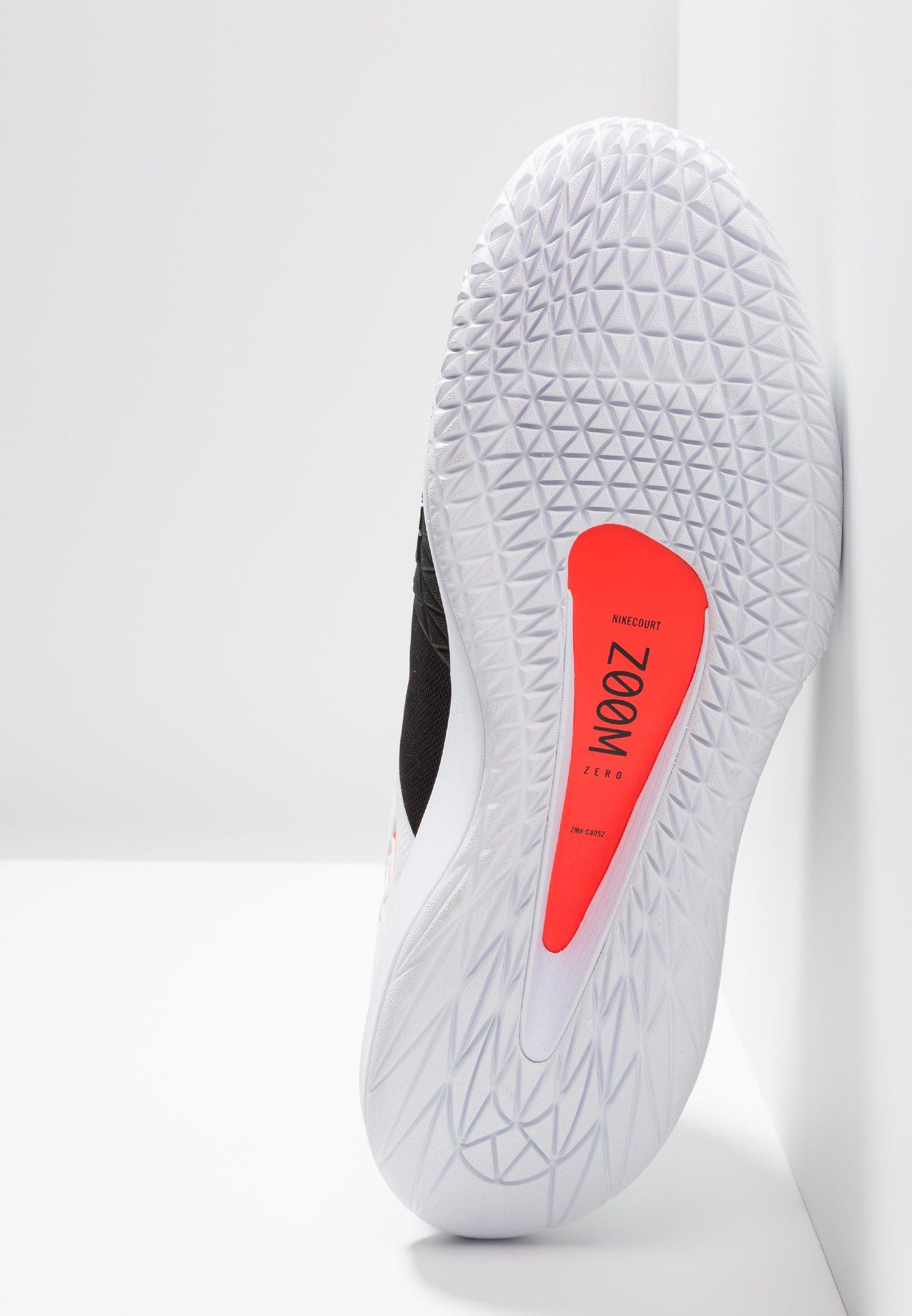 Nike Performance Air Zoom Hc - Multicourt Tennisschuh Black/white/bright Crimson Black Friday