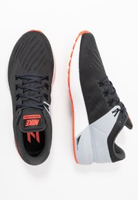 Nike Performance - AIR ZOOM STRUCTURE 22 - Löparskor stabilitet - anthracite/bright crimson/wolf grey - 1