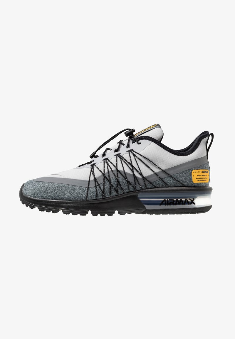 Nike Performance - AIR MAX SEQUENT 4 UTILITY - Hardloopschoenen neutraal - wolf grey/reflect silver/cool grey/black/amarillo