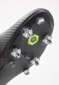 Nike Performance - PHANTOMVNM ACADEMY SG-PRO ANTI-CLOG TRACTION - Nurmikengät - black/volt - 5