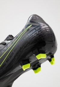 Nike Performance - PHANTOM  ACADEMY FG - Chaussures de foot à crampons - black/volt - 5