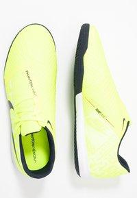 Nike Performance - PHANTOM ACADEMY IC - Botas de fútbol sin tacos - volt/obsidian/barely volt - 1