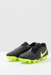 Nike Performance - PHANTOM CLUB FG - Chaussures de foot à crampons - black/volt - 2