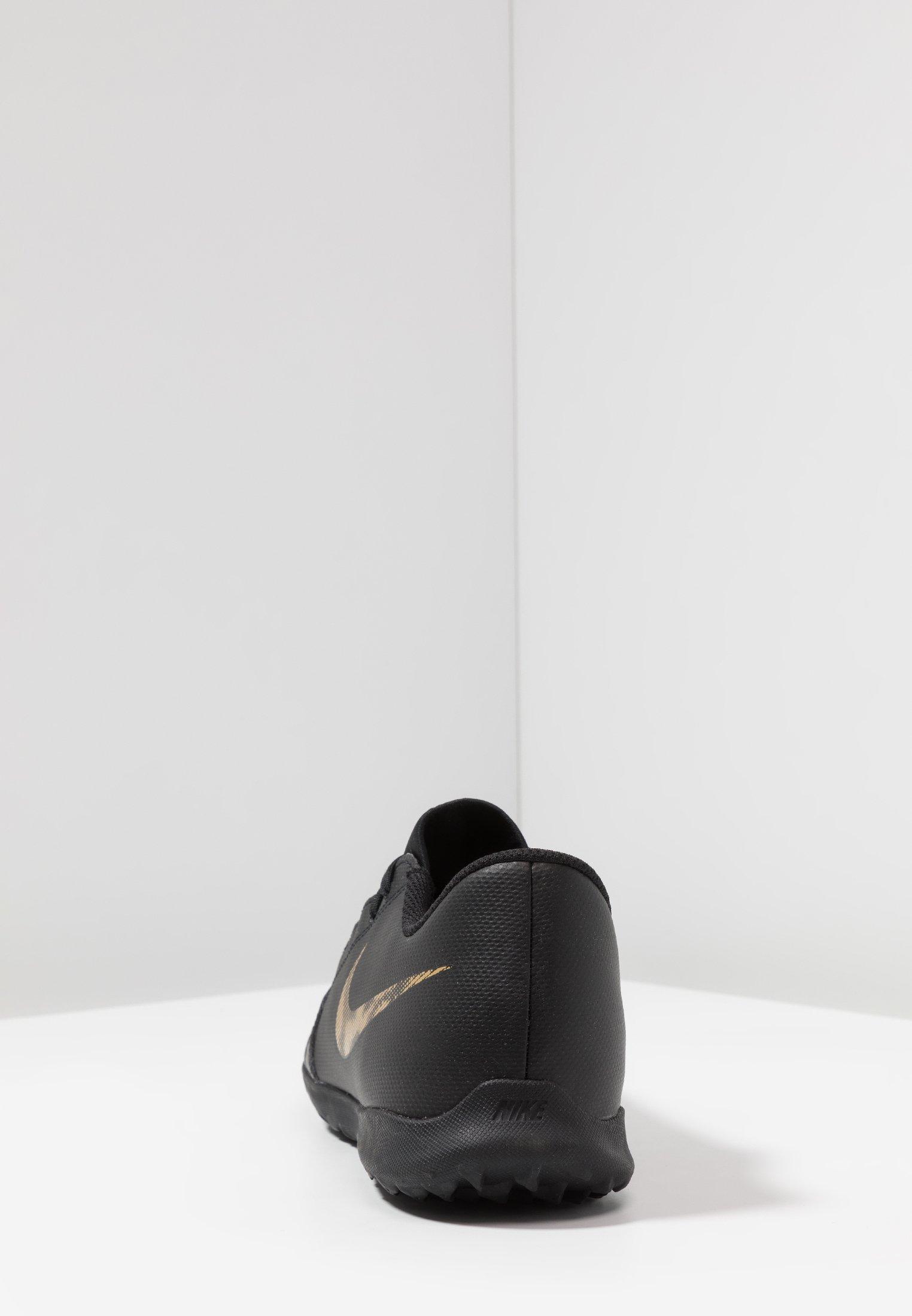PHANTOM CLUB TF Chaussures de foot multicrampons blackmetallic vivid gold