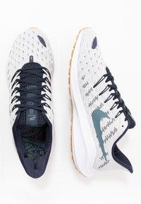 Nike Performance - AIR ZOOM VOMERO 14 - Obuwie do biegania treningowe - photon dust/ozone blue/obsidian/white - 1