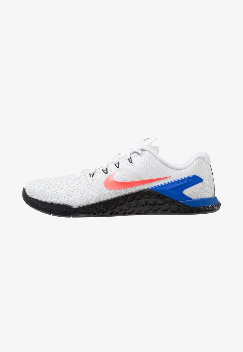 Nike Performance - METCON 4 XD - Træningssko - white/flash crimson/racer blue/black