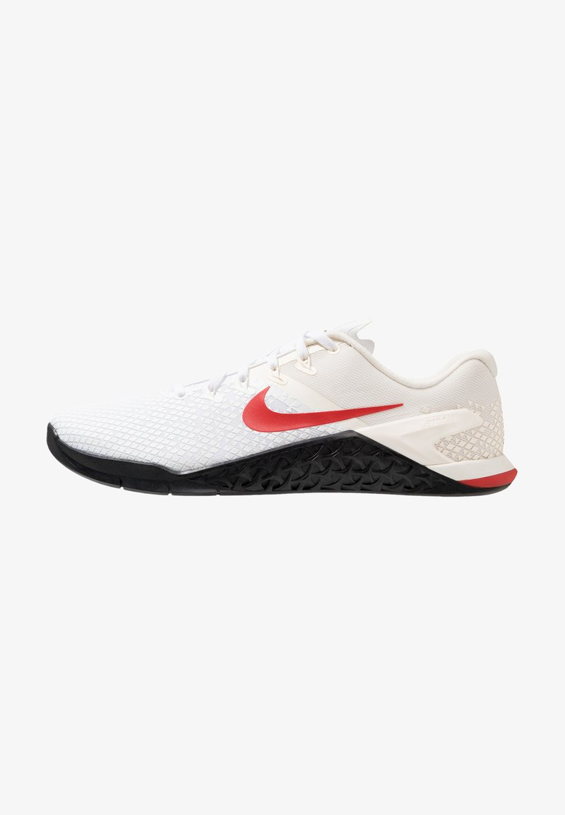 Nike Performance - METCON 4 XD - Sportschoenen - pale ivory/mystic red/white/club gold