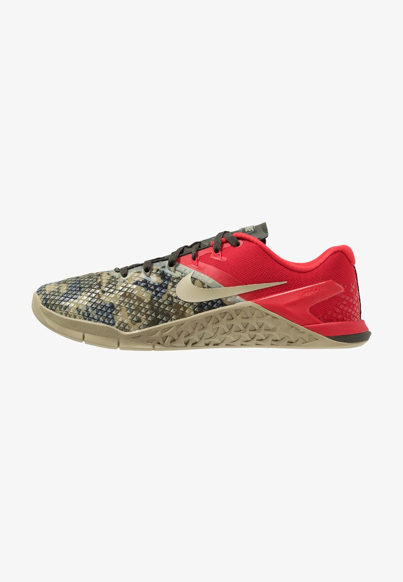Nike Performance - METCON 4 XD - Træningssko - sequoia/university red/neutral olive