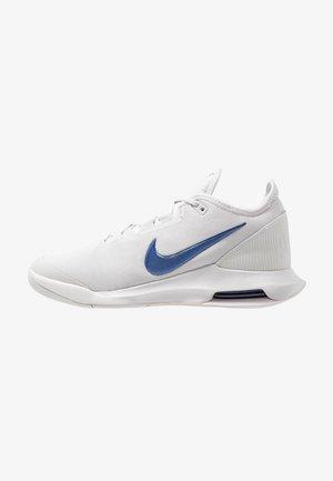 AIR MAX WILDCARD  - Multicourt tennis shoes - vast grey/indigo force