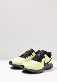 Nike Performance - AIR ZOOM PEGASUS 36  - Zapatillas de trail running - luminous green/burgundy ash/black - 2