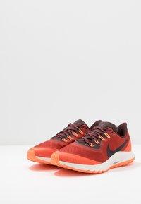 Nike Performance - AIR ZOOM PEGASUS 36  - Vaelluskengät - dune red/burgundy ash/mahogany - 2