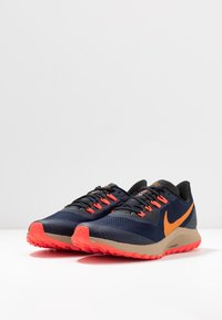 Nike Performance - AIR ZOOM PEGASUS 36  - Vaelluskengät - obsidian/magma orange/black/laser crimson/khaki - 2