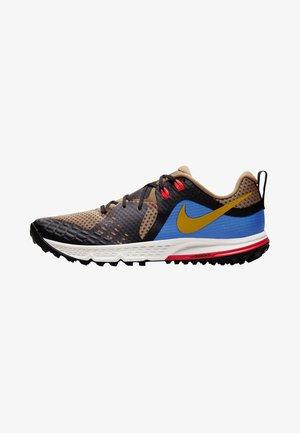 AIR ZOOM WILDHORSE 5 - Zapatillas de trail running - brown