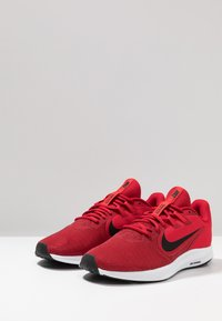 Nike Performance - DOWNSHIFTER 9 - Neutrala löparskor - gym red/black/university red/white - 2
