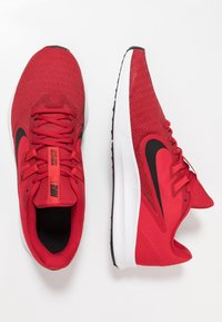 Nike Performance - DOWNSHIFTER 9 - Nøytrale løpesko - gym red/black/university red/white - 1