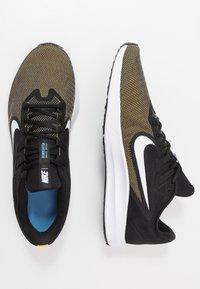 Nike Performance - DOWNSHIFTER 9 - Zapatillas de running neutras - laser orange/white/black/university blue - 1