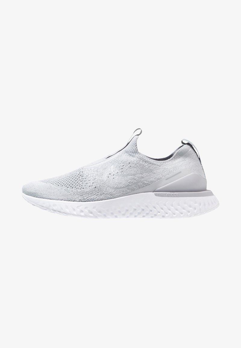 Nike Performance - EPIC PHANTOM REACT FK - Chaussures de running neutres - wolf grey/white
