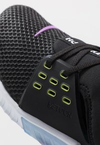Nike Performance - FREE METCON 2 - Minimalist running shoes - black/bright cactus/purple/white - 6