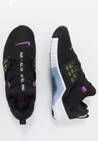 Nike Performance - FREE METCON 2 - Minimalist running shoes - black/bright cactus/purple/white - 1
