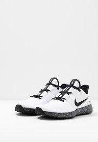 Nike Performance - VARSITY COMPETE TRAINER 2 - Sportschoenen - white/black - 2