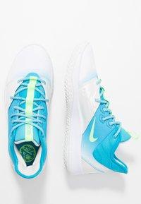 Nike Performance - PG 3 - Basketbalové boty - platinum tint/light current blue/lime blast - 1