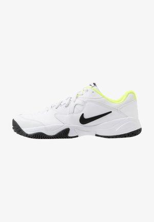 COURT LITE 2 - All court tennisskor - white/black/volt