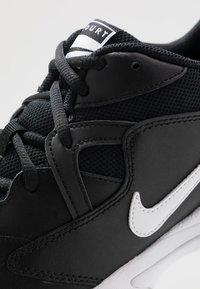 Nike Performance - LITE 2 - Allcourt tennissko - black/white - 5