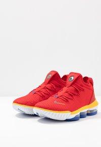 Nike Performance - LEBRON SUPERBRON 16 - Obuwie do koszykówki - superman - 2