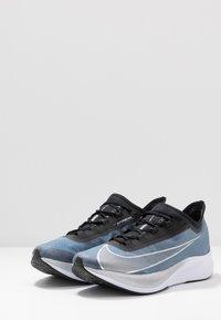 Nike Performance - ZOOM FLY 3 - Neutrala löparskor - coastal blue/metallic silver/black/white - 2