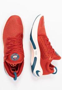 Nike Performance - JOYRIDE RUN FK - Neutrala löparskor - cinnabar/blue force/crimson tint/aurora green/orange pulse/terra blush - 1