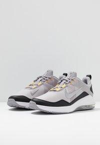 Nike Performance - AIR MAX ALPHA TRAINER 2 - Gym- & träningskor - atmosphere grey/metallic dark grey/vast grey/laser orange - 2