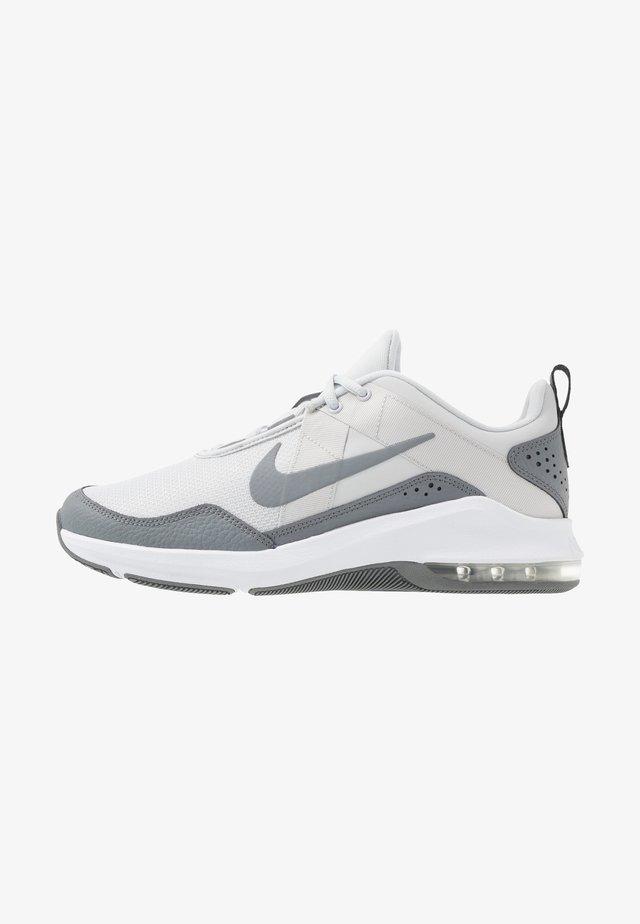 AIR MAX ALPHA TRAINER 2 - Sportschoenen - pure platinum/white/cool grey