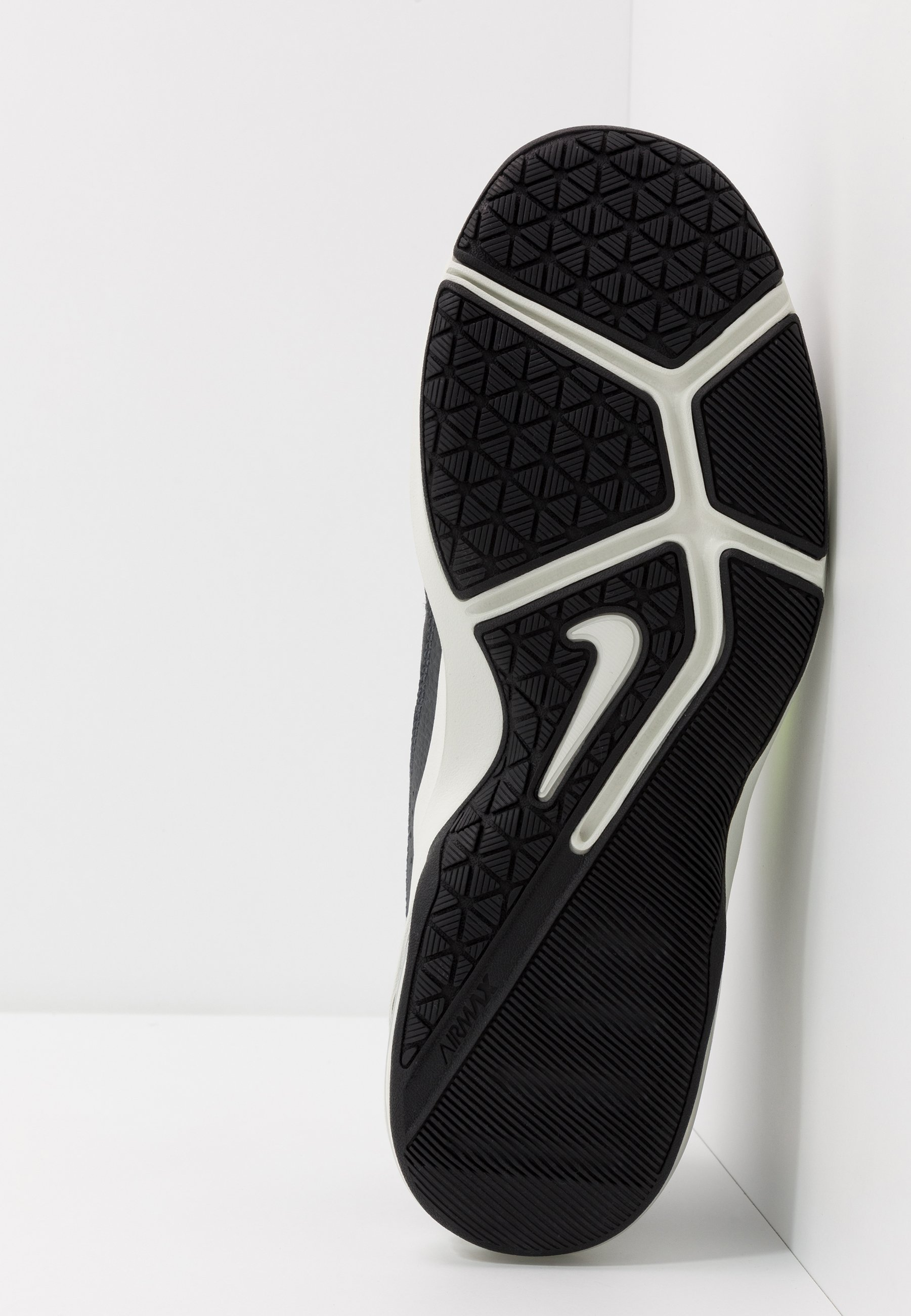 AIR MAX ALPHA TRAINER 2 Chaussures d'entraînement et de fitness blackvoltdark smoke greyspruce aura