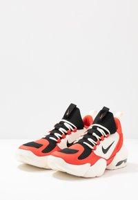 Nike Performance - AIR MAX ALPHA SAVAGE - Zapatillas de entrenamiento - habanero/black/pale ivory - 2