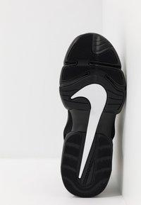 Nike Performance - AIR MAX ALPHA SAVAGE - Sports shoes - black/white - 4