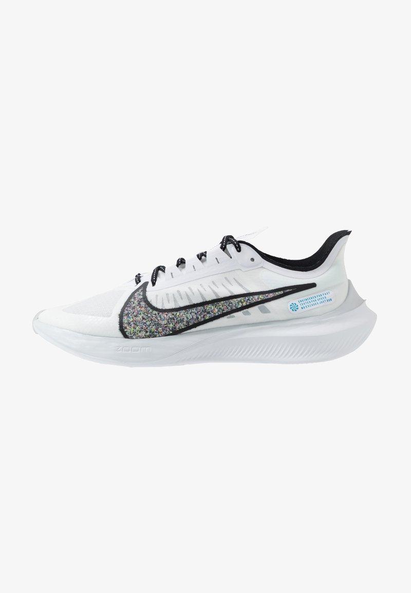 Nike Performance - ZOOM GRAVITY - Zapatillas de running neutras - white/multicolor/pure platinum