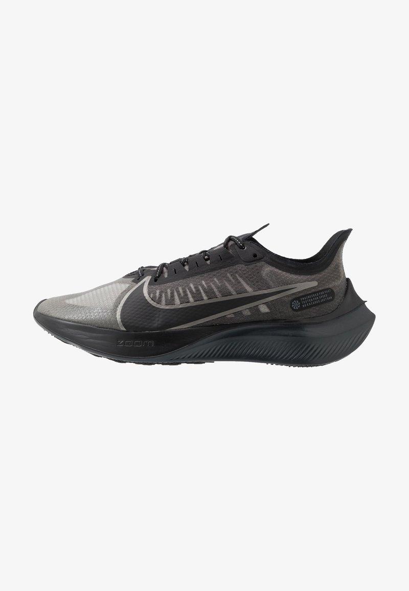 Nike Performance - NIKE ZOOM GRAVITY - Neutral running shoes - black/anthracite/metallic pewter/cool grey