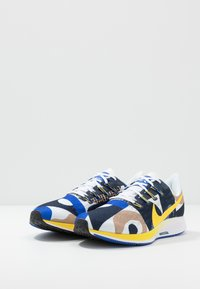 Nike Performance - AIR ZOOM PEGASUS 36 CODY - Laufschuh Neutral - hyper royal/chrome yellow/white/obsidian - 2
