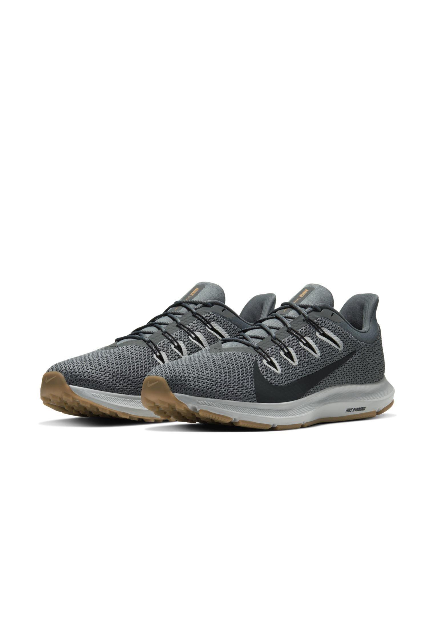 Nike Performance QUEST 2 - Obuwie do biegania treningowe - smoke grey
