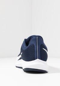 Nike Performance - QUEST 2 - Obuwie do biegania treningowe - midnight navy/white/ocean fog - 3
