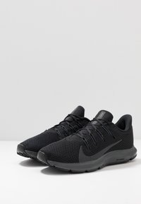 Nike Performance - QUEST 2 - Neutral running shoes - black/anthracite - 2