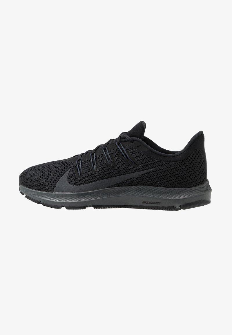 Nike Performance - QUEST 2 - Hardloopschoenen neutraal - black/anthracite