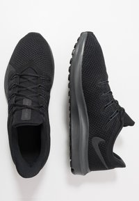 Nike Performance - QUEST 2 - Neutral running shoes - black/anthracite - 1