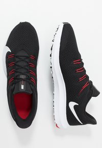 Nike Performance - QUEST 2 - Neutrala löparskor - black/white/anthracite/university red - 1