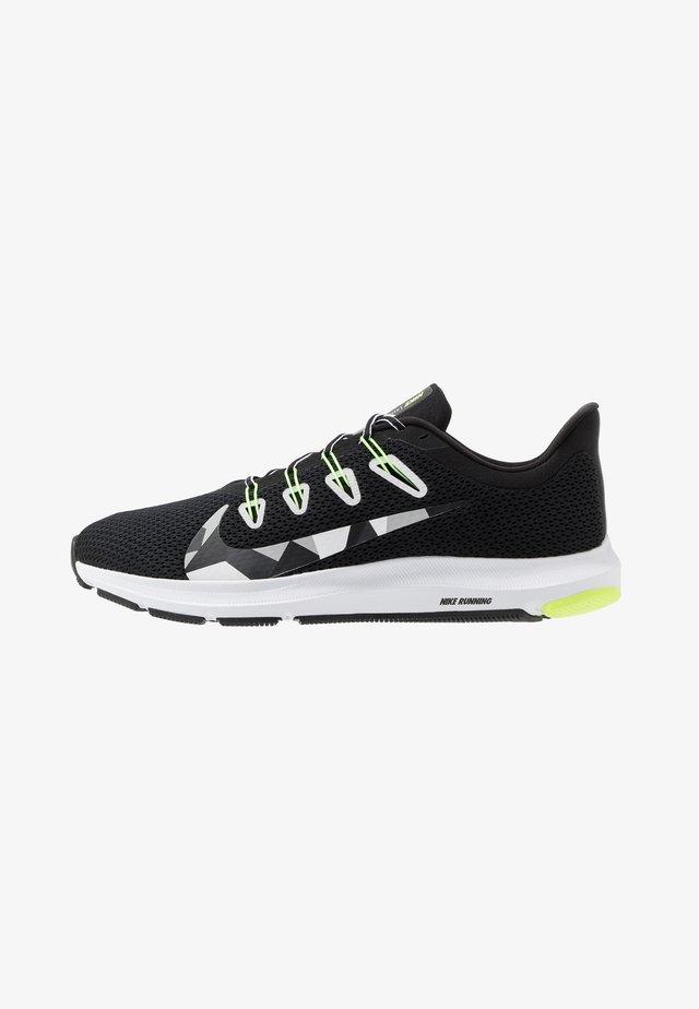 QUEST 2 - Neutrální běžecké boty - black/white/iron green/ghost green/particle grey/sapphire